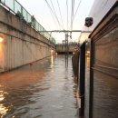 태풍 상륙한 멕시코, 경전철까지 침수됐네요