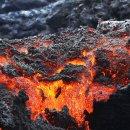 하와이섬 킬라우에아 화산폭발과 흘러내리는 용암