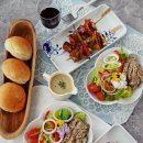 권혁수의 춘천식 순살닭다리 숯불구이로 만든 치킨샐러드와 닭꼬치