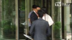 [TD영상] '횡령 및 사기 혐의' 전준주, 낸시랭과 함께 5차 공판 출석
