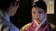 김유정, 진실을 밝히기 위해 궁궐에 잠입해 이제훈 만나 비밀의 문 4회
